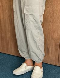 Wind cargo jogging pants