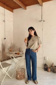 Soft dough wide straight pants
