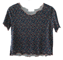 pin flower crop tee