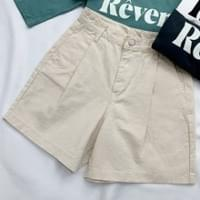 Issue pintuck cotton short pants