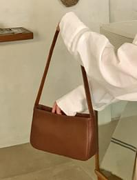 Cressen square leather shoulder bag