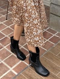 Western Middle Ankle Boots