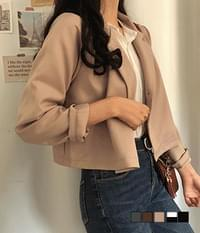 Easy one-button cropped short jacket