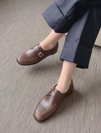 Mabe square loafers