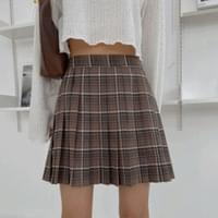Cookie check pleated mini skirt