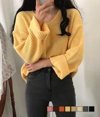 Ade Hachi Loose Fit Knit