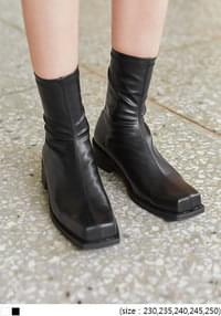 VENKA SQUARE ANKLE BOOTS