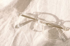 GOLD TRANSPARENT FRAME GLASSES