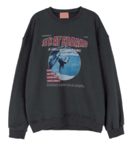 Skating print crew neck sweatshirt