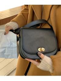 Olsen mini flap shoulder bag