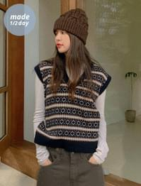 Very Jazzy Wool Knit Vest
