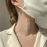 Clover Pearl Chain Mask Band Strap Necklace
