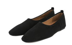 Hard basic flat shoes