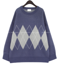 Round Neck Loose Argyle Knit Top