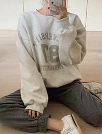 Raised in Fleece-lined Sweatshirt T♥