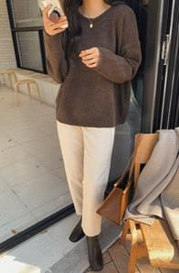 Of Loose Fit Round Knit