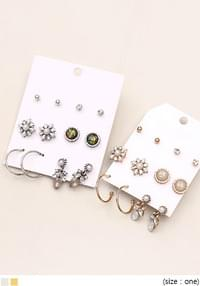 POSH 6 TYPE EARRING SET