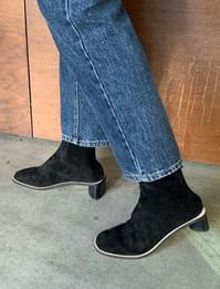 Real Suede Middle Heel Ankle Boots