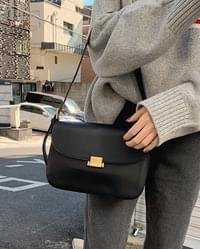 Dia square shoulder bag