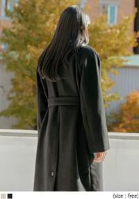 Spread Collar Woolen Coat