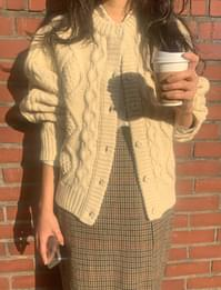 Sunday Loose Fit Cable Cardigan