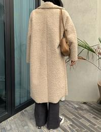 Low dumble Shearling coat