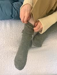 Hairy color wool socks
