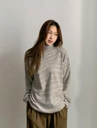 Pogny stripe Fleece-lined turtleneck