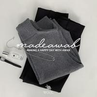 #AWABMADE:_Wool Knit Turtle Vest