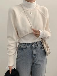 Rose Crop Top Knit