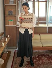 Marang Wool Banding Pleated Skirt
