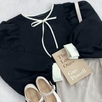 Ribbon puff blouse