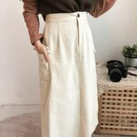 Golden pocket long skirt