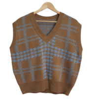 Emotional V-neck check knit vest
