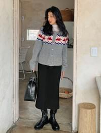 Slit H-line Fleece-lined long skirt