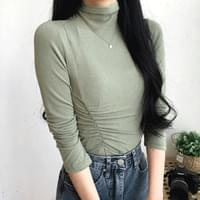 Diagonal shirred Turtleneck T-shirt
