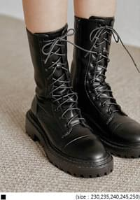 Lace-Up Chunky Boots