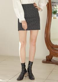 Shine tweed mini skirt