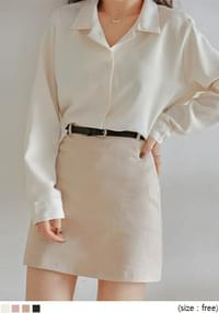 Notch Collar Dipped Hem Blouse