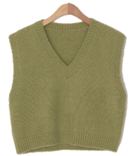 Windy V-neck wool knit vest