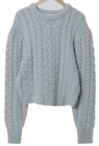 Unbalanced cable wool knit
