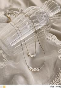 MEWRING PEARL NECKLACE