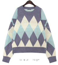 Color Block Diamond Pattern Sweater