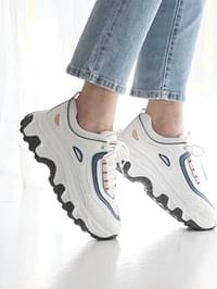 Collectible Ugly sneakers 5cm
