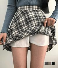 Lovelyz flared check skirt