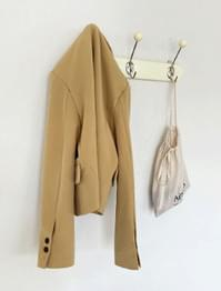 Rich Wood Button Semi Crop Jacket