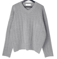 Moloneby Twisted V-Neck Knitwear