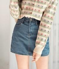 ESSAYMini Denim Skirt