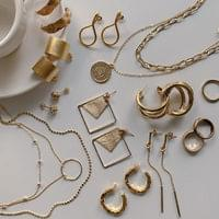 Daily Vintage Gold Earrings Necklace Rings 20 Types