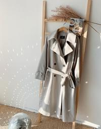 Mood Box Fit Trench
